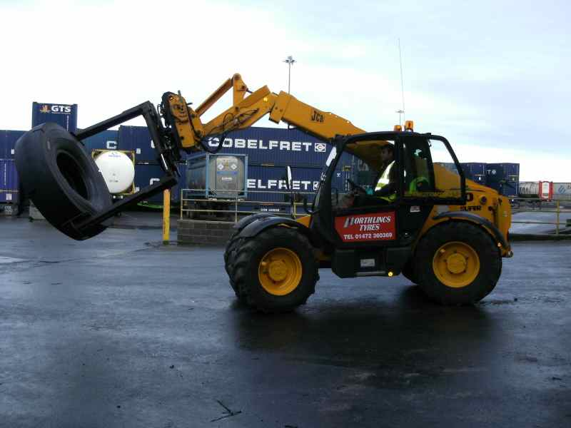 North Lincs Tyres Grimsby Portable Eartmover Machine